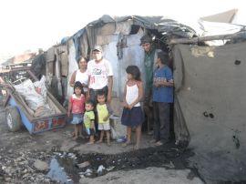 La Chureca girl's family